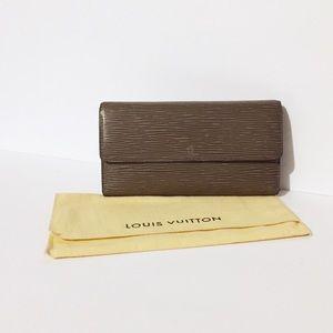 Louis Vuitton gray epi leather Sarah long wallet